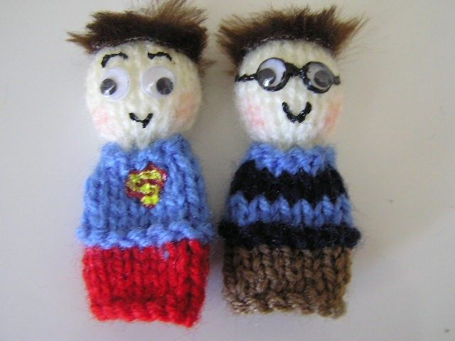 Superman/Clark Kent Handknitted Finger Puppets by kazzalblue on Etsy