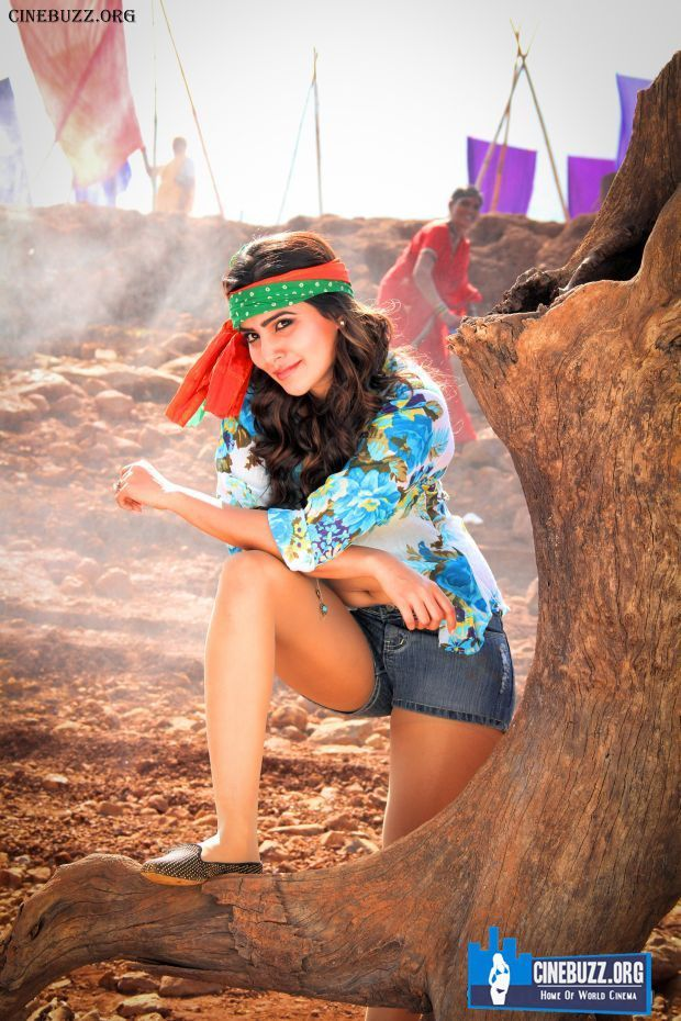Hot Stills of Samantha from Sikindar Movie