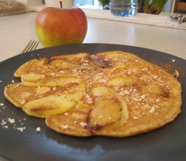 Apfelpfannkuchen Recipe (German Apple Pancakes)