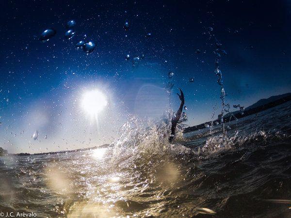 #DANZA #MEDIOAMBIENTE #CROWDFUNDING STAYING ALIVE es un nuevo trabajo coreográfico que combina danza contemporánea, arte visual y medio ambiente en un intento de sensibilizar a las personas sobre el comportamiento natural de los habitantes del mar, los cetáceos. http://www.verkami.com/projects/8515-staying-alive Crowdfunding verkami