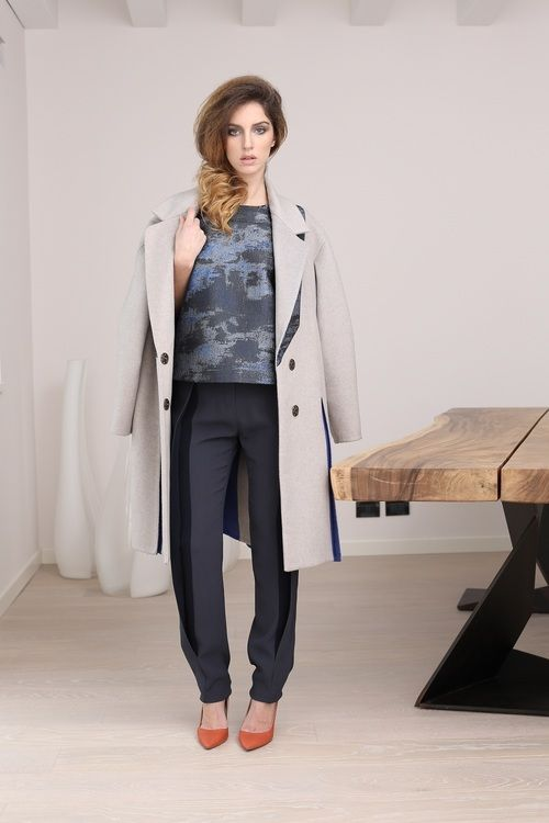 Exclusive blouse for MARTA CUCCINIELLO FW 14/15 collection, with balloon jacquard wool and lurex top with sleeves and back made with three layers of organza ... http://blog.martacucciniello.com/post/88350239804/the-creative-proces-lurex-jacquard-blouse-with-organza