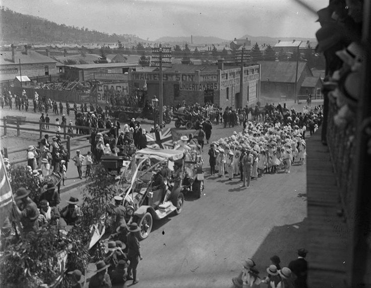 LITHGOW PARADE Opposite Walters and Son Undertakers (Thomas James Rodoni Original Glass Negative, digitised by Chris Fussell) University of Newcastle collection.