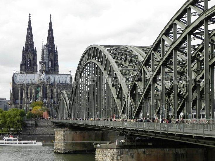 Alemanha: Colônia - a Capital do Carnaval alemão!                                                                                                                                                                                 Mais