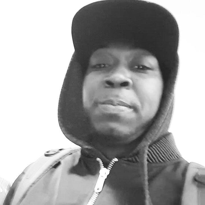 "Lets give thanks(Happy thanksgiving)PRESS ""Top Floor"" issa  (Prod.By @sirqwest )#rap #rapper #producer #singer #youtube #bronx #newyorkcity #houston #atlanta #vegas #sanfrancisco #miami #california #phoenix #sacramento #chicago #detroit #baltimore #dc #philly #ohio #virginia #connecticut #boston #america #toronto #japan #italy #germany #france Stay Tuned!!"