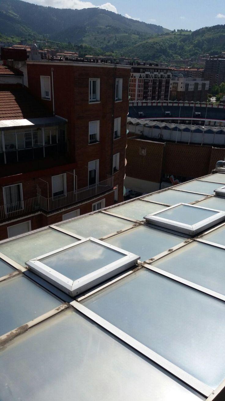 Cambio de acristalamiento en ático de Bilbao. Ventanas y cerramientos PVC