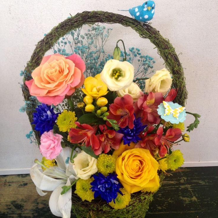 Colored flowers basket by Atelier Floristic Aleksandra