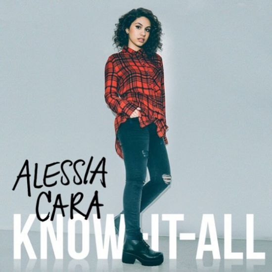 "Alessia Cara revela capa e data de lançamento do álbum de estreia, ""Know-It-All"""