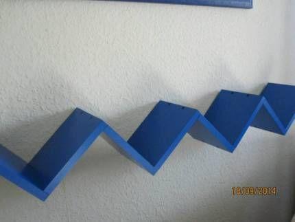 treppen regal h ngeregal designregal cd regal blau in berlin reinickendorf ebay. Black Bedroom Furniture Sets. Home Design Ideas