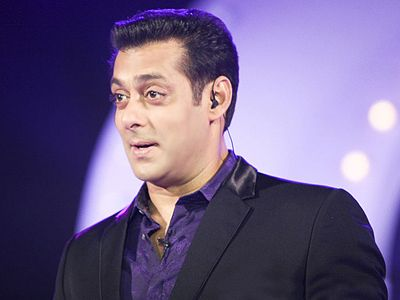Salman Khan and others to face some fresh charges in the blackbuck case! Saif Ali Khan, Neelam, Tabu and Sonali Bendre too are accused of it