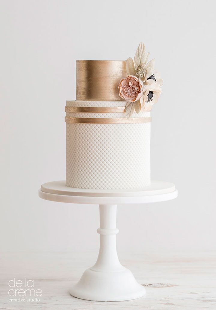 Petite wedding cake with David Austin rose and anemones by by De la Créme Creative Studio