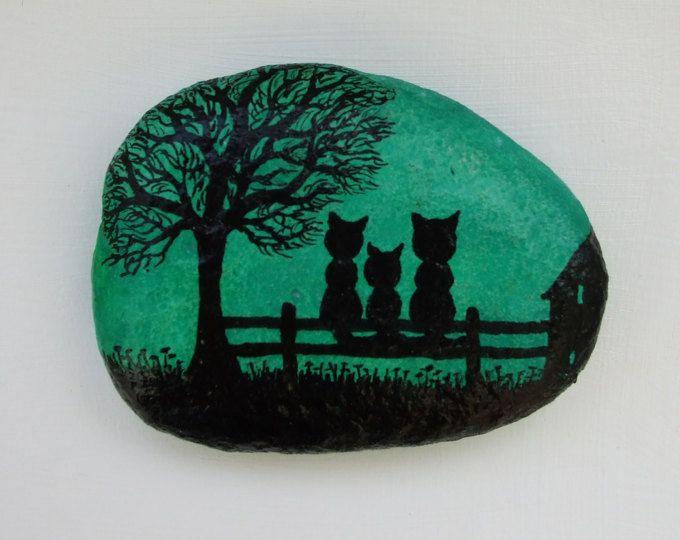 Gemalt, Katze-Magnet, Felszeichnungen, Katze, Kunst, von Hand bemalte Kiesel, Kitty Magnet, Miniatur-Kunst, schwarze Katze, Malerei, Rock Art Silhouette