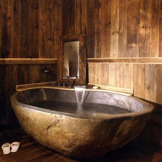 superbe baignoire en pierre naturelle un appel au calme. Black Bedroom Furniture Sets. Home Design Ideas
