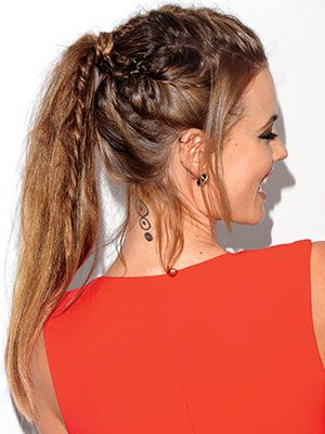 The new fishtail: How to braid Behati Prinsloo's edgy fishtail braid/ponytail hybrid