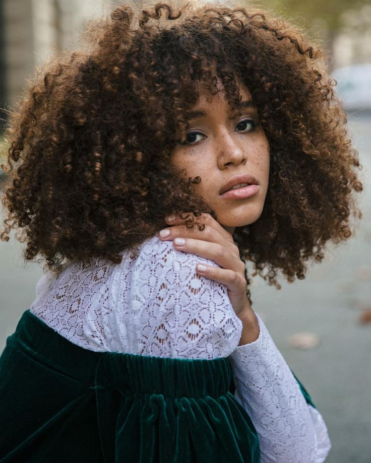 See this Instagram photo by @lulustone_ • @cakemagazine || curly hair. Natural hair. Frizzy curls. Curly frizz. Curly bangs. Curly girl. Big curly hair. Frizzy hair.