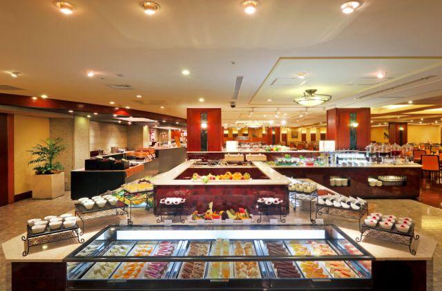 今年の秋旅は温泉へ!100種の夕食バイキングが楽しめる旅館をご紹介☆ - macaroni
