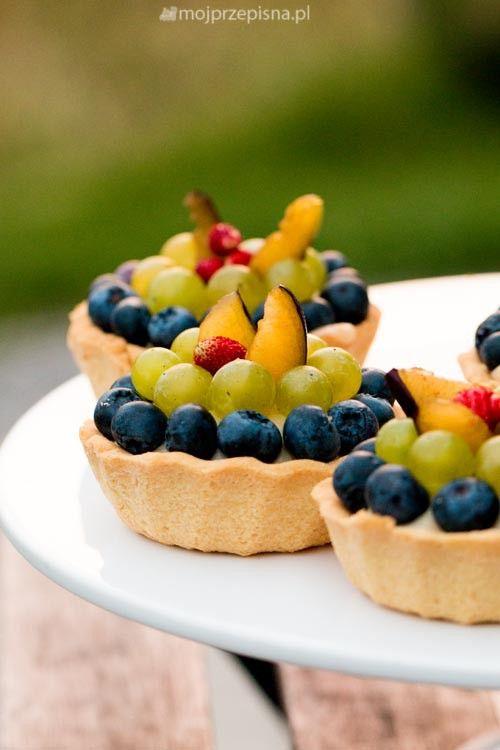 + Moje Wypieki | Babeczki z budyniem i owocami