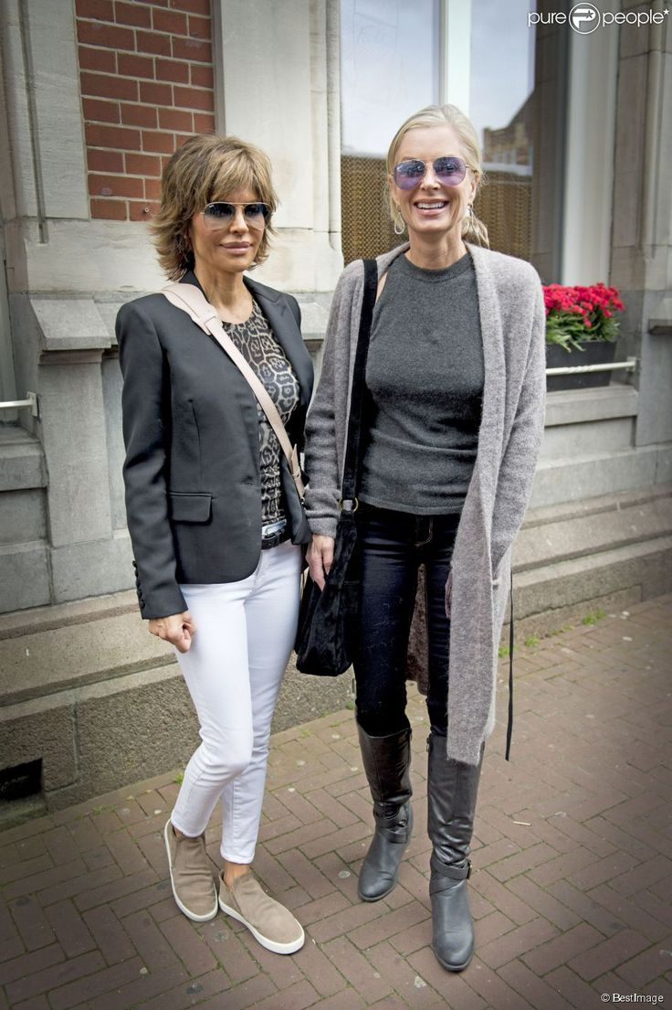 Lisa Rinna (Ray Ban glasses) and Kim Richards at their l & # 039; h & amp; OCIRC; as & amp; agrave;  Amsterdam, 2 October 2014