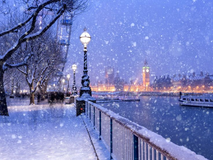 ***Jubilee Gardens on a snowy day (London, England)