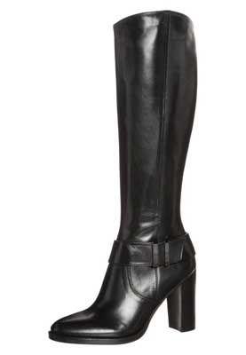 en lækker høj støvle fra Hugo Premi