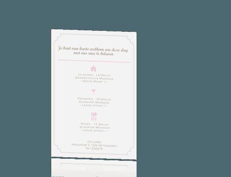Design trouwkaart in rechthoek met klassieke rand, ringen met diamant