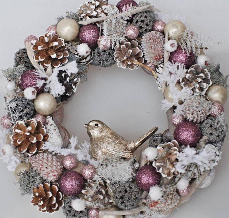 Dekorácie - zimný zlatý vtáčik - 8662955_