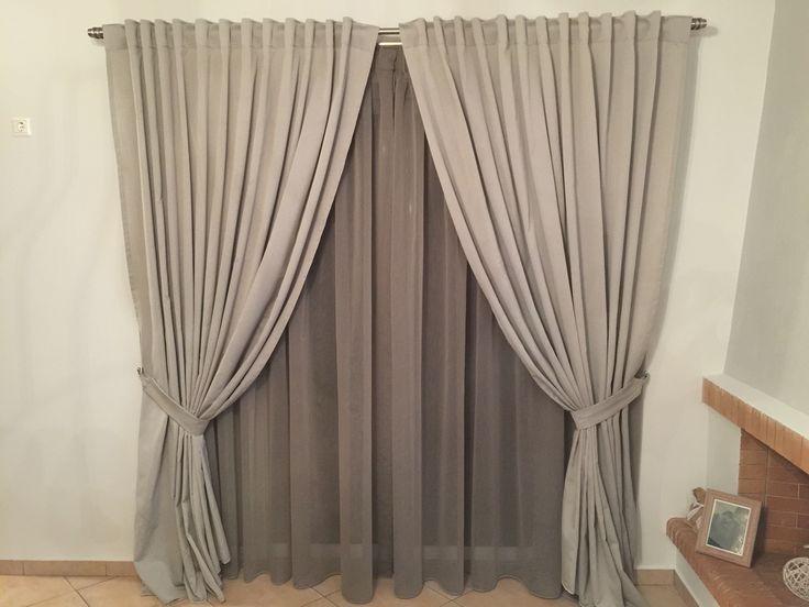 Livingroom curtais