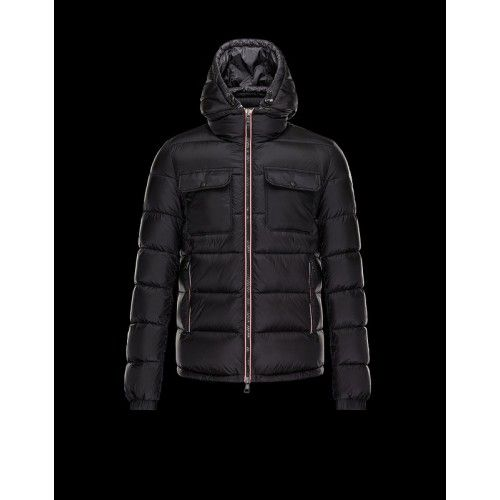 2015 Moncler Black Men\'s Water Resistant Coat Red Edge Zipper