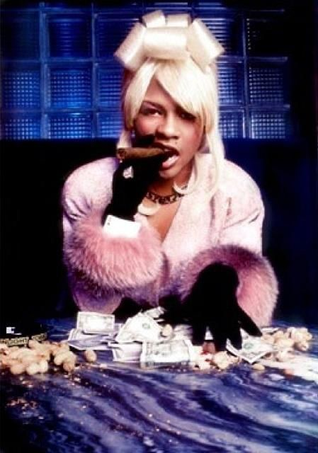 lil' kim (1998).Now tell me that this don't look like lil Bow Wow in Drag