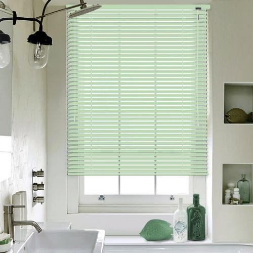 Formal Green Venetian blinds