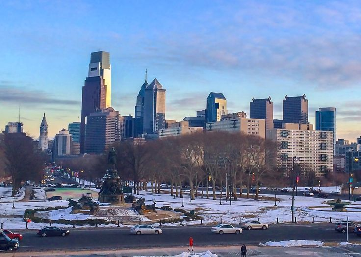 From running up the Rocky Steps to where to find the hippest bar in town, follow along as we share the best things to do with 2 days in Philadelphia.