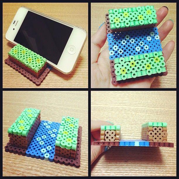 iPhone Stand perler beads by Asami Nagasaki