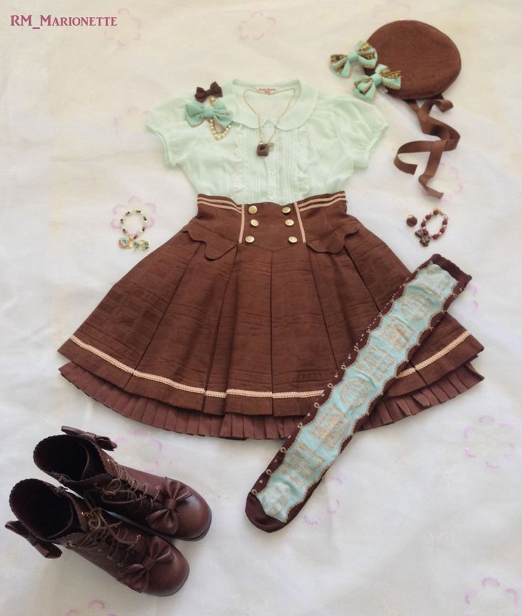 Chocolate & mint casual coord. Blouse: Emily Temple Cute Skirt & Beret & bracelet: Angelic Pretty - Melty Ribbon Chocolate Necklace: Q-Pot Accessories & Otks: Angelic Pretty - Melty Creamy Doughnut &...