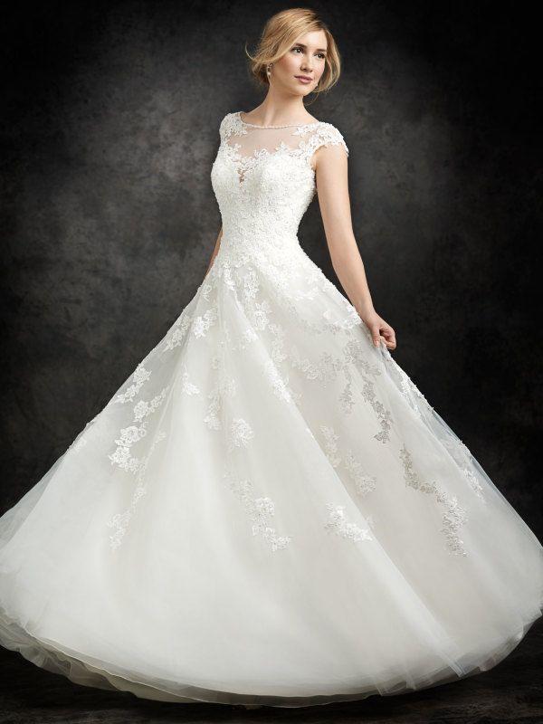 26 best Wedding Dresses 2015 images on Pinterest   Wedding frocks ...