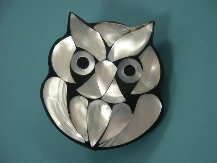 Rare vintage 1970s handcrafted owl brooch designed by worldknown hawaiian designer/artist Lee Sands