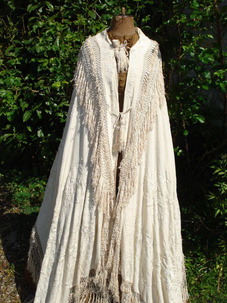 Chale crinoline ancien antique Biedermeier Stola silk shawl manton seda bordada | eBay