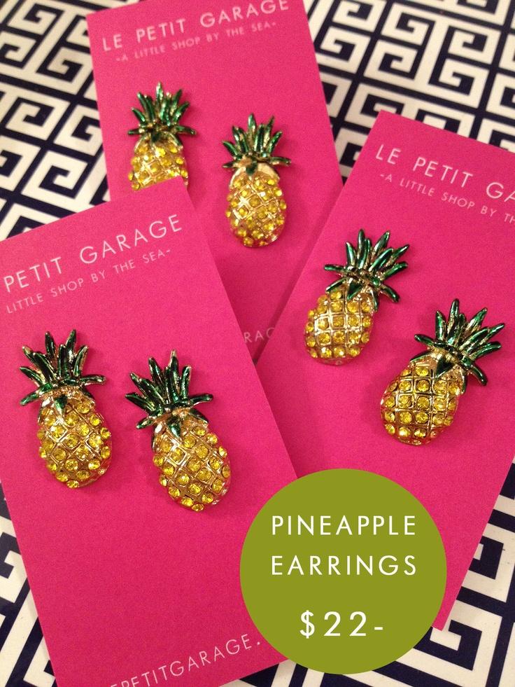 Pineapple Earrings...very Vintage Palm Beach