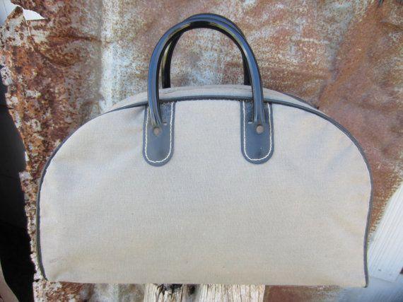 50s/60s Grey Half Moon Handbag // Vintage Shopping Purse // Sports Bag