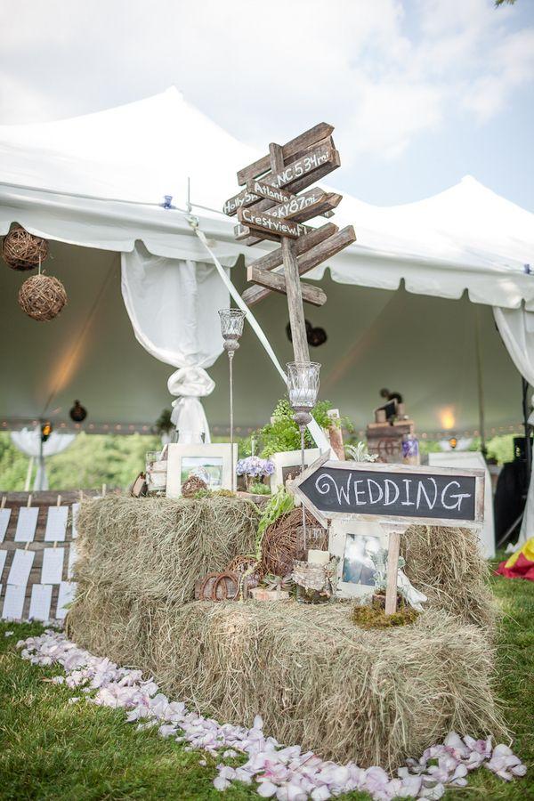 Rustic Burlap Wedding Decor | The Frosted Petticoat: Rustic Springtime