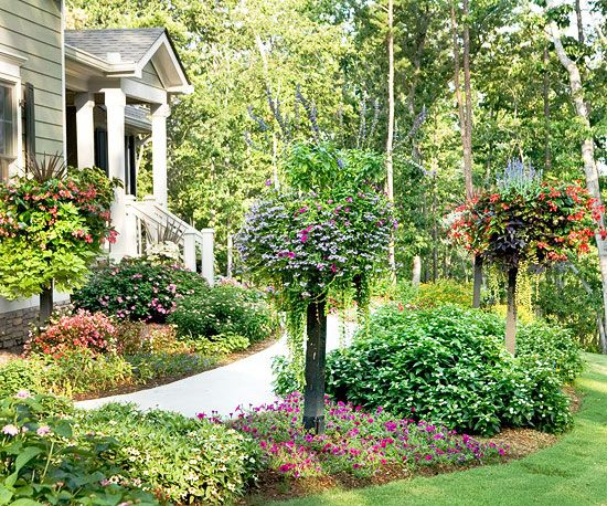 3058 best handy garden plans images on pinterest flowers for Easy care front yard landscaping