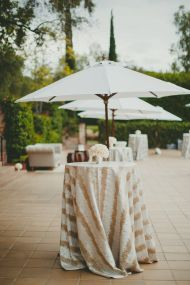 La Tavola Fine Linen Rental: Brilliant Silver | Photography: Closer to Love Photography, Venue: Hummingbird Nest Ranch, Coordination & Styling: Wish Wonder Dream, Floral Design: Bloom Box, Rentals: Revelry Event Design & Found Vintage Rentals