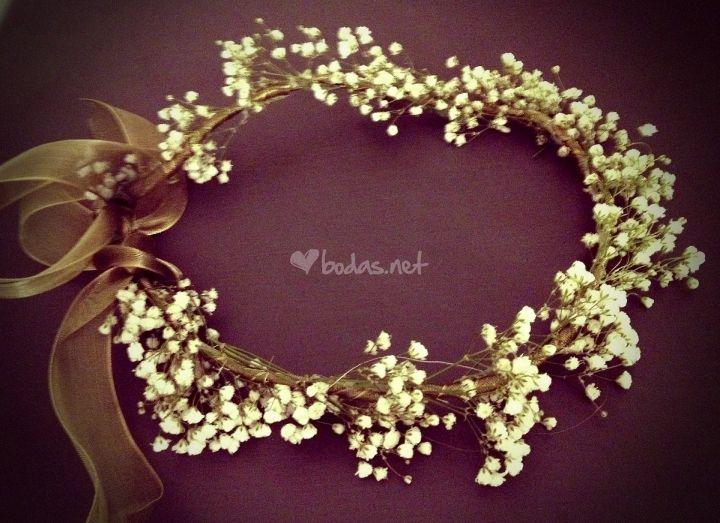 Corona flores de Hip&love - Coronas de flores y tocados | Foto 10