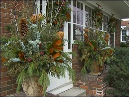 Simple Outdoor Christmas Decorating Tips For Impressive