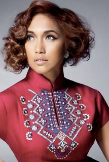 Ziana Zain is a Malaysian pop singer-songwriter, model, entrepreneur and actress.  #ZianaZain #Malaysia #SongoftheWeek More info/listen: http://www.cseashawaii.org/2013/01/ziana-zain/: Zianazain Malaysia