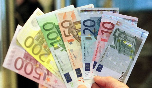 money, geld, notes, geldscheine, euros
