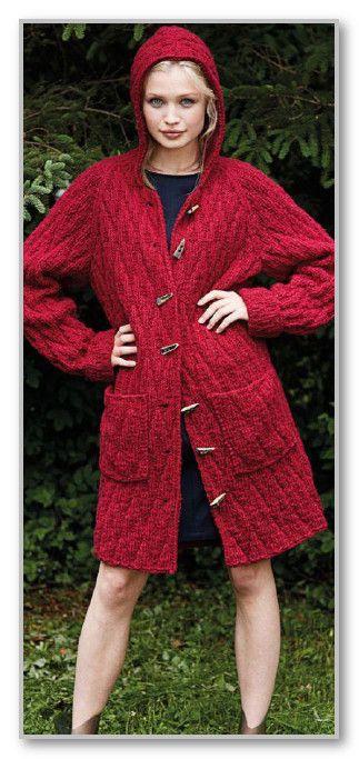 Вязание спицами. Пальто-реглан с простым рельефным узором, с капюшоном и карманами. Размеры: S (М) L (XL)