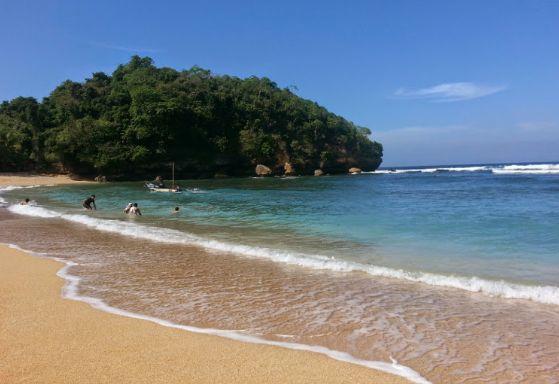 "Harga Tiket Masuk Pantai Ngliyep ""Wisata Batu Malang Terbaik"" - http://www.bengkelharga.com/harga-tiket-masuk-pantai-ngliyep-wisata-batu-malang-terbaik/"