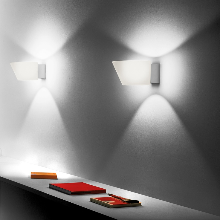 Orazio by Elio Martinelli & 16 best Wall lamps images on Pinterest | Wall lamps Decorative ... azcodes.com