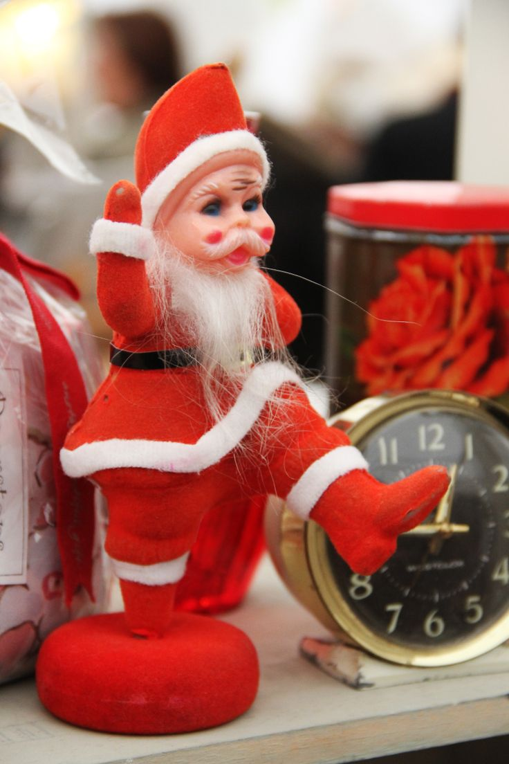 Vintage Fayre.  Vintage Father Christmas at Hay Does Vintage, Hay-on-Wye
