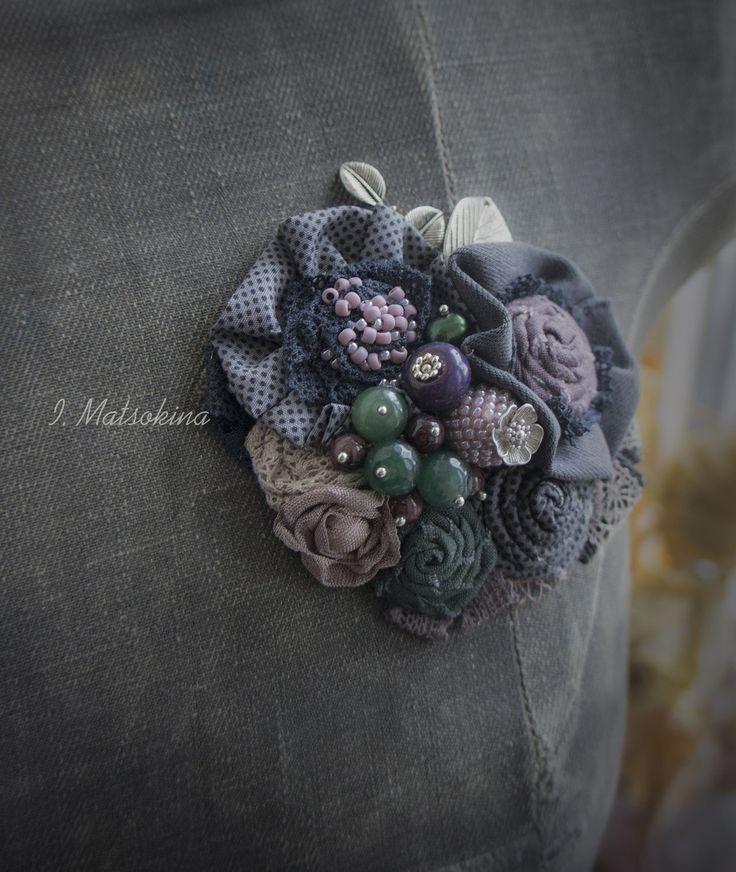 Купить Брошь Паулина - серый, лиловый, зеленый, брошь, брошь ручной работы, брошь цветок
