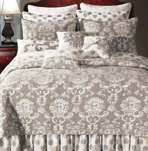 25+ Best Ideas About Taupe Bedding On Pinterest